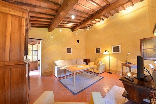 Pergola vakantiehuis in lecchi in chianti gaiole in chianti siena toscane - Smeedijzeren pergola voor terras ...