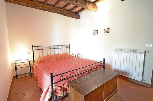 Nocciola poderone vakantiehuis in roccalbegna grosseto toscane - Leunstoel voor eetkamer ...