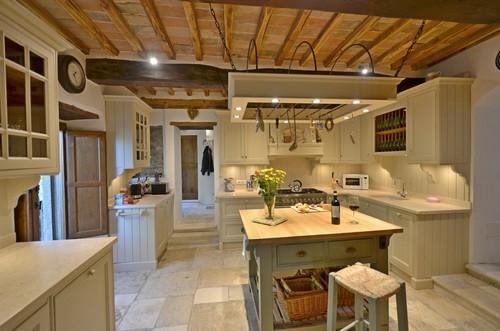 Cretole vakantiehuis in monterchi arezzo toscane - Eetkamer leunstoel ...