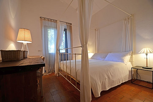 Hemelbed In Slaapkamer : Koninklijke gouden kleur plaats houten hemelbed italiaanse