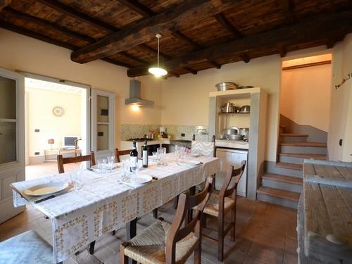 Casa campodonico 10 vakantiehuis in terranuova bracciolini arezzo toscane - Eetkamer leunstoel ...