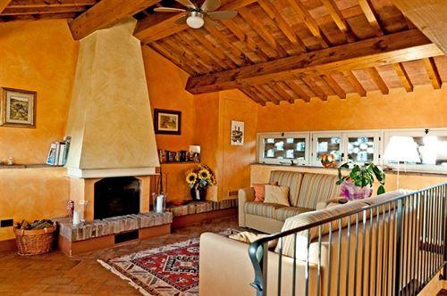 Colle di sotto vakantiehuis in montelupo fiorentino florence toscane - Gemeubileerde woonkamer ...